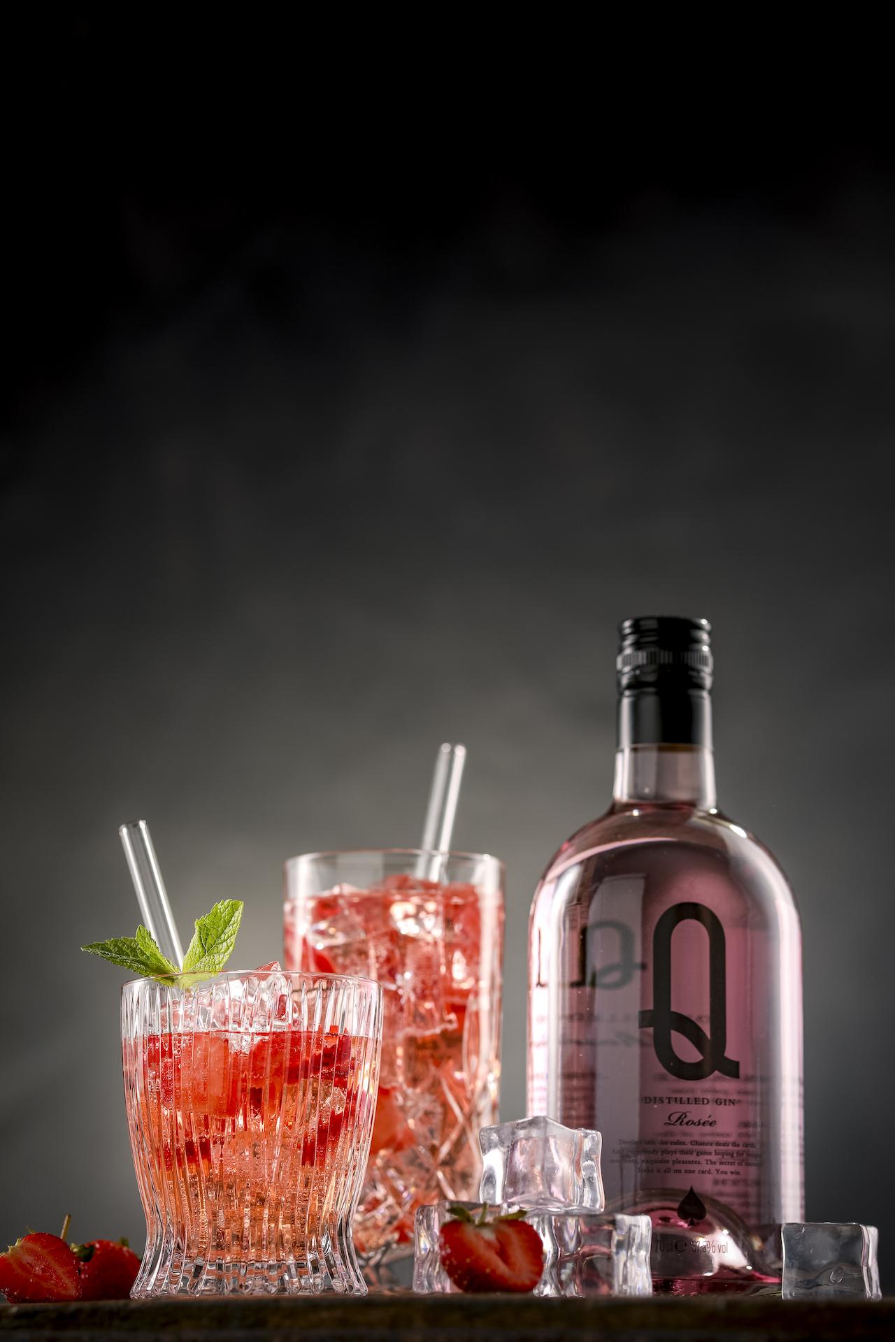 Erdbeeren-Gin-Tonic-Cocktail