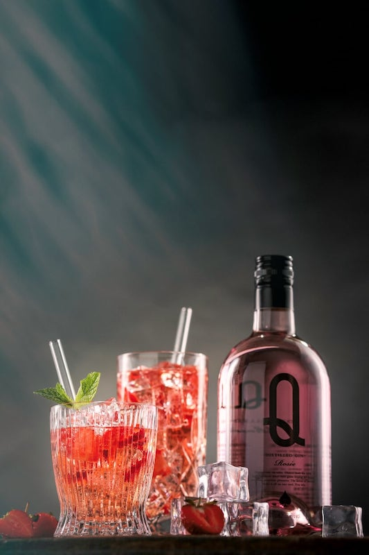Rose-Gin-Tonic-mit-Q-aus-Barcelona