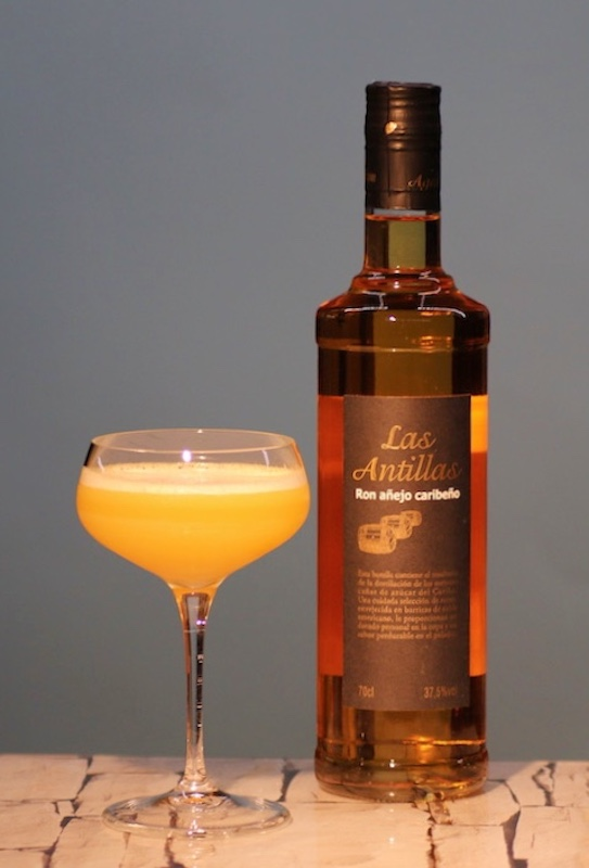 Chinese-Itch_Cocktail_Rum-Las-Antillas