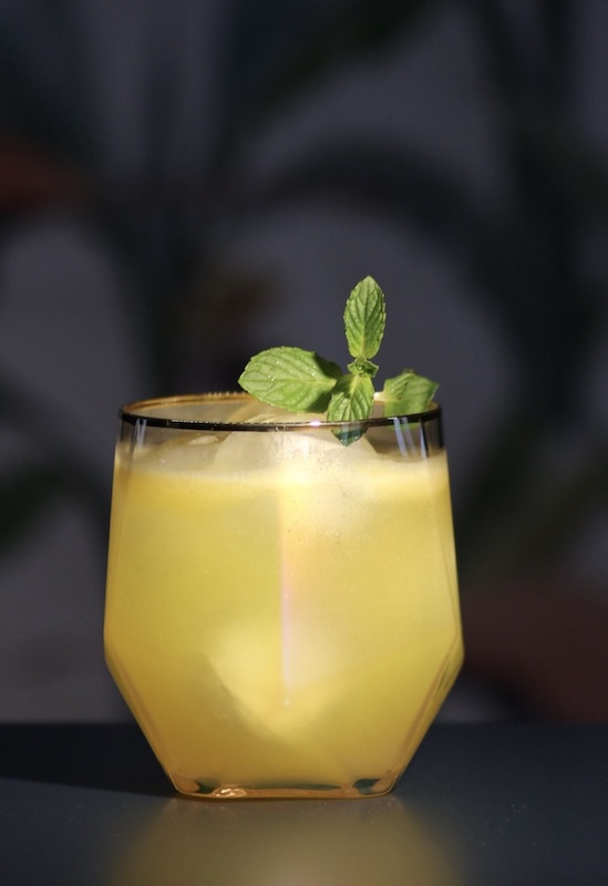 Potted-Parrot-Cocktail_Glas