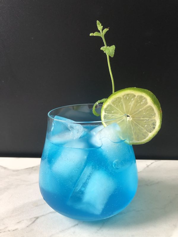 Blue-Gin-Blues-CocktailTJ9RZ0zMT9LZI