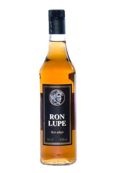 Karibischer Rum Anejo Lupe